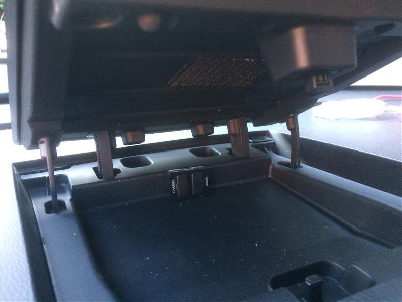 USBポート移設