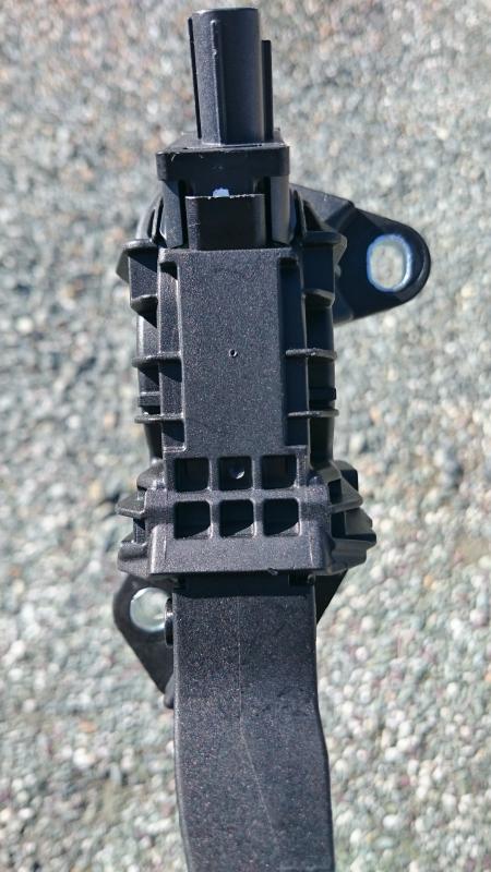 アクセルペダル オフセット 8mm パート1