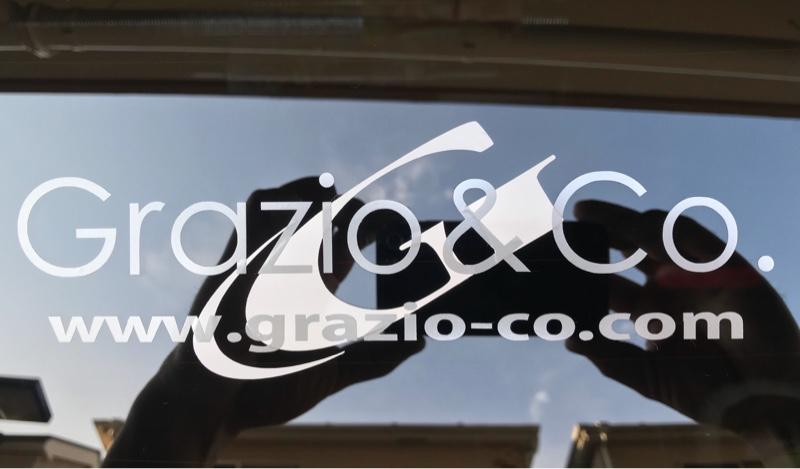 アドミレイション リヤゲートウイング取り付け & リヤガラス ステッカーチューン