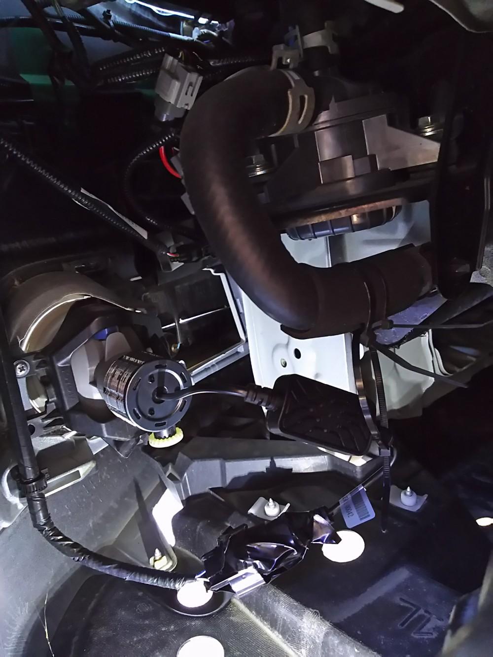 fcl 新型LEDヘッドライト フォグランプ ファンレス(H16)