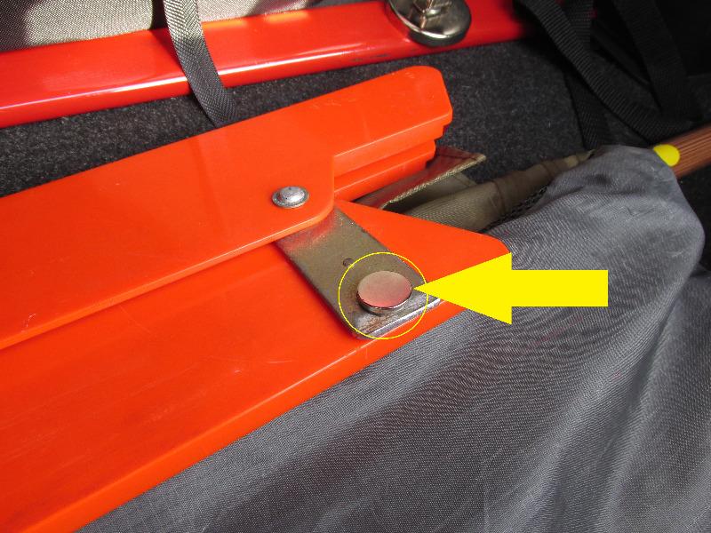 三角表示板の収納方法