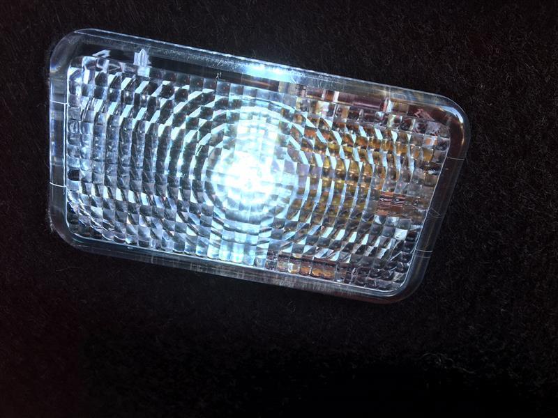 フィット室内灯LED化