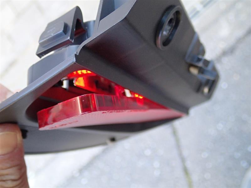 ハイマウントストップランプ LEDに交換2