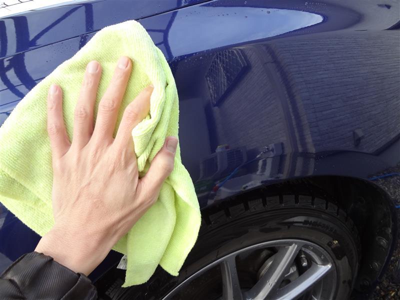 車屋で教えて貰った洗車(固形ワックス)