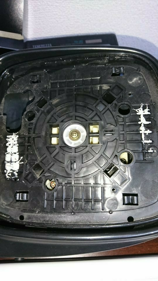 DA62Wのミラー分解整備 ガタ直し
