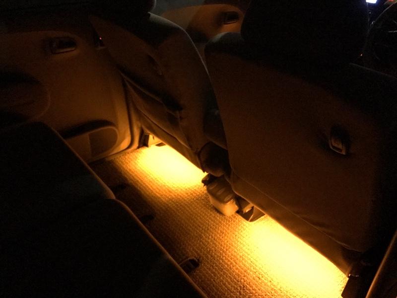 LEDテープフロアライト取り付け