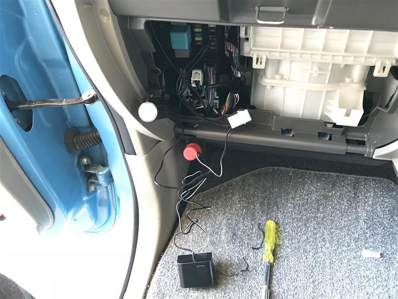 タントくん ドライブレコーダーを取り付ける。(≧ω≦)b