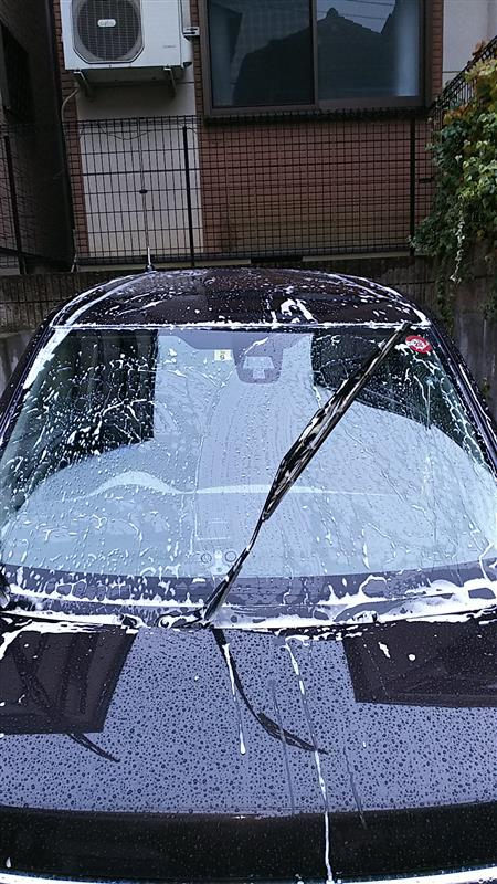 またまた雨の中の洗車😅