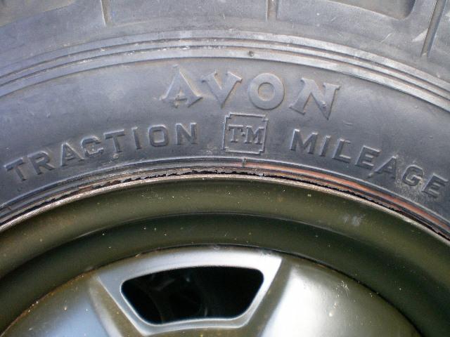 ジムニーサイズ いにしえのランドローバー装着のタイヤの重さは