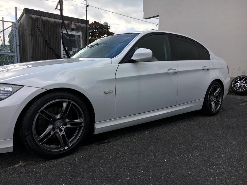 BMW 320i(E90)ホイール交換