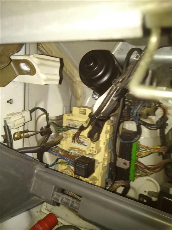 インパネ外したので ワイパーモーター 取り外し修理