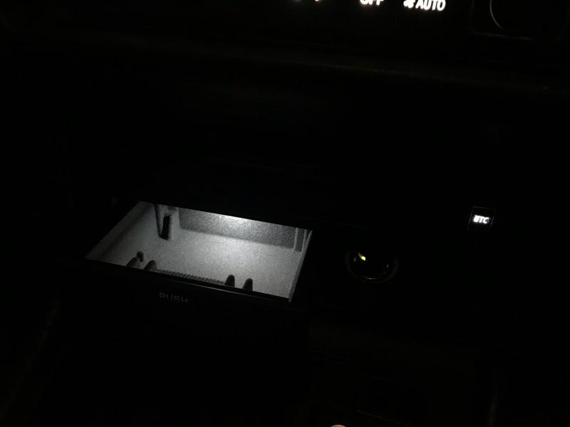 灰皿照明LED化&ノンスモーカーボックス