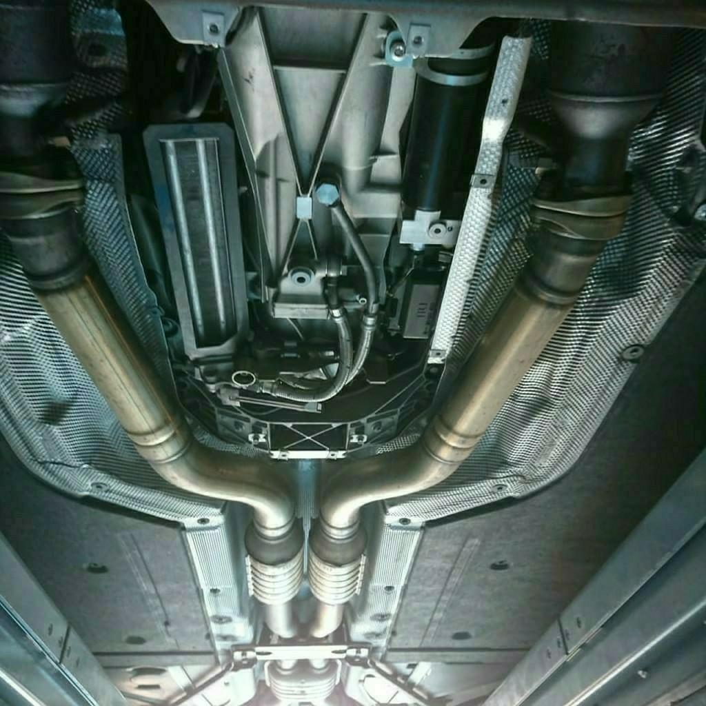 64,090km BMW E60 M5 SMG&作動油&デフオイル交換