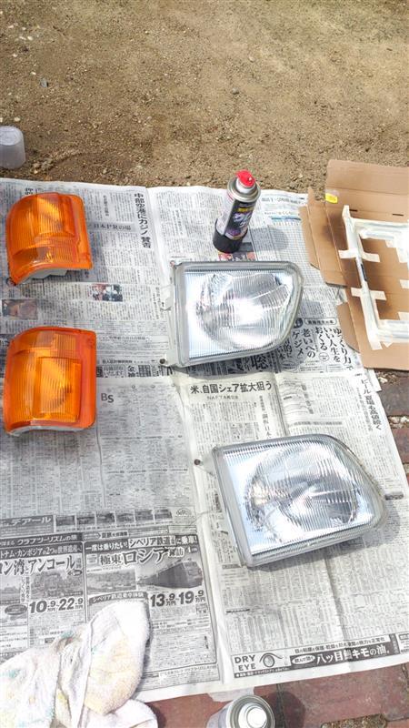ヘッドライトのくすみキズ取り2(塗装)