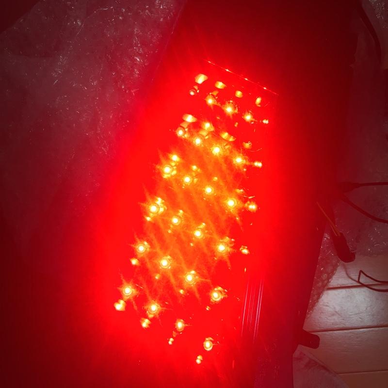 valentiテールライト修理