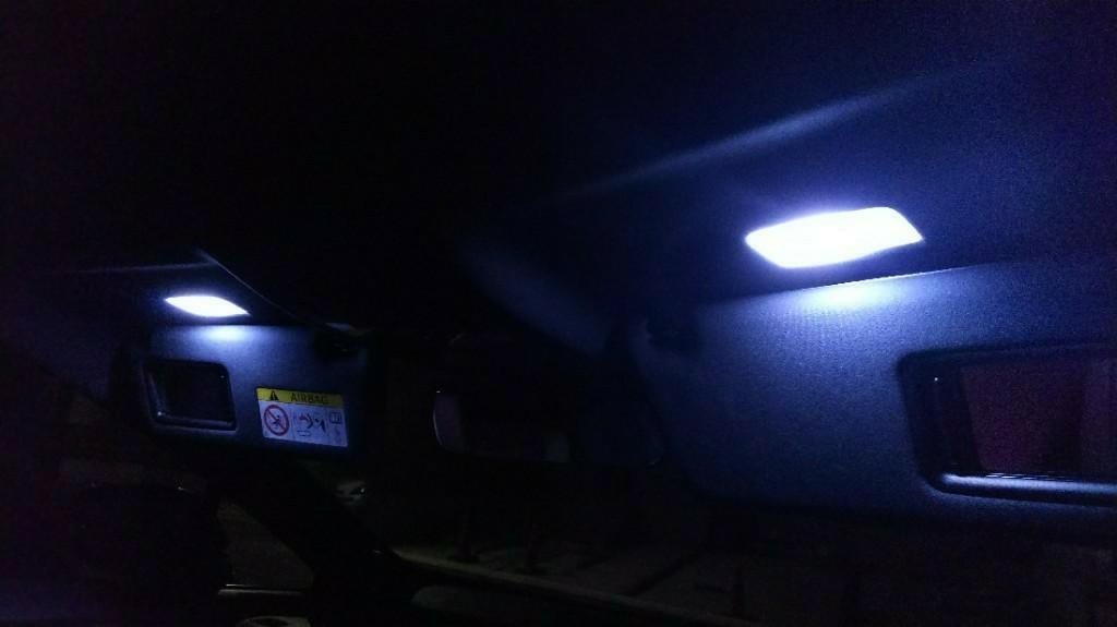 バニティライト LED取替