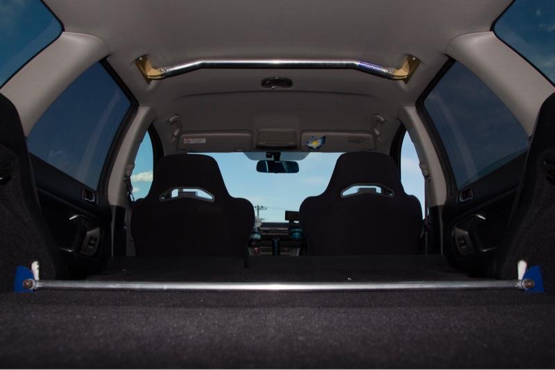 運転席・助手席軽量化