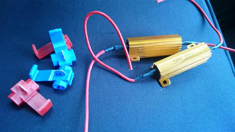 ウインカー前後およびバックランプのLED化(抵抗取り付け)