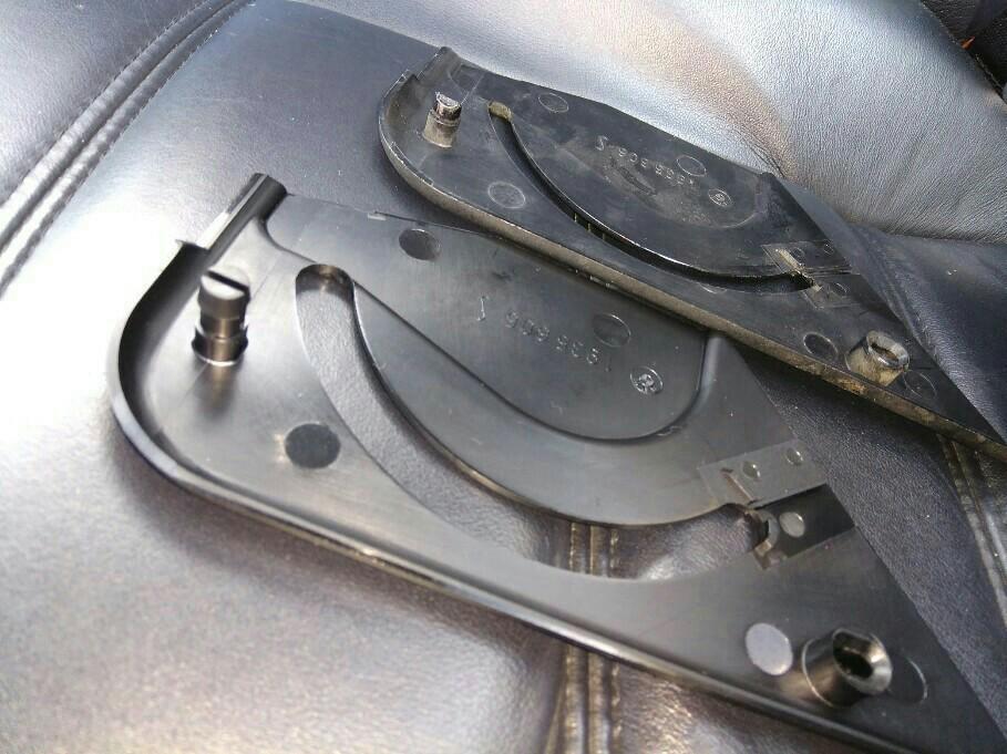 シートベルトカバーリング交換