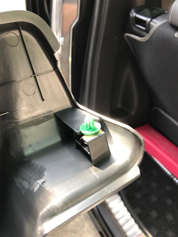 後方ドライブレコーダー取付