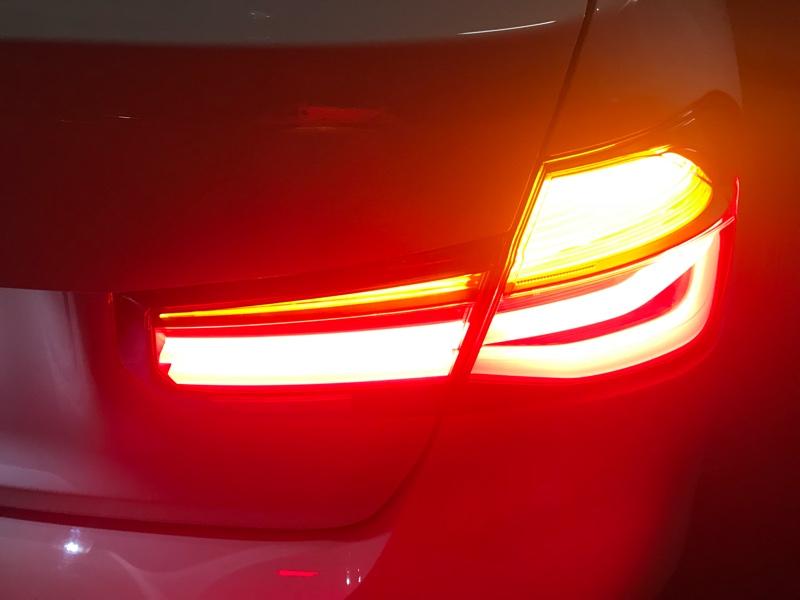 M Performance テール・ライトの修正