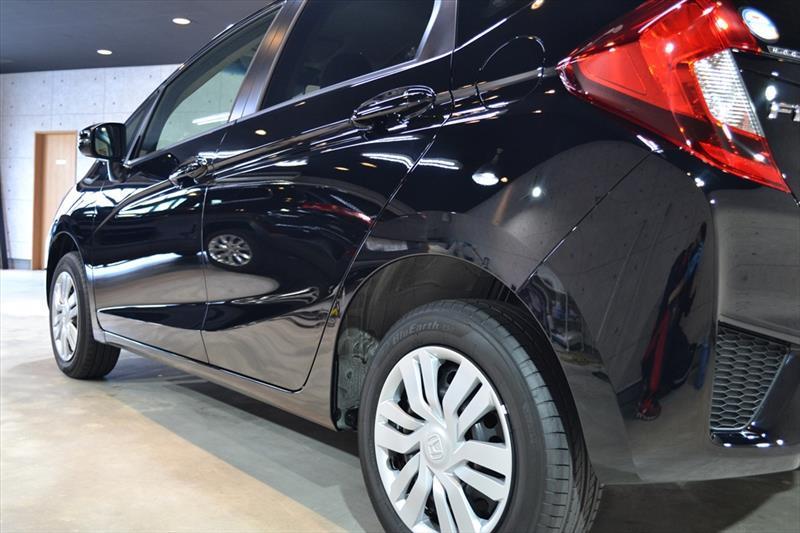 ホンダを代表するグローバルカー ホンダ・フィットのガラスコーティング【リボルト高崎】