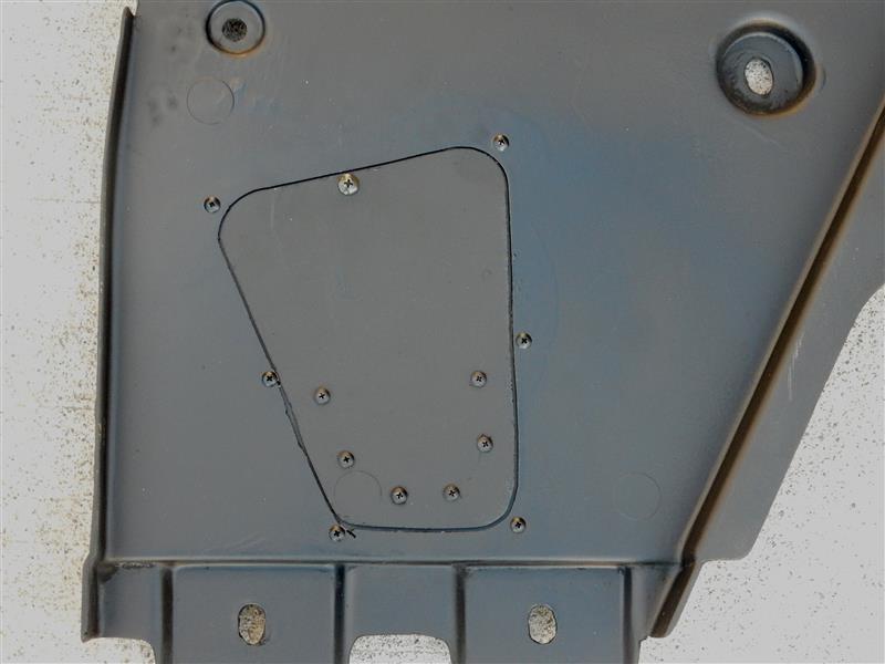 エンジンオイル交換用アンダーパネル加工 その2