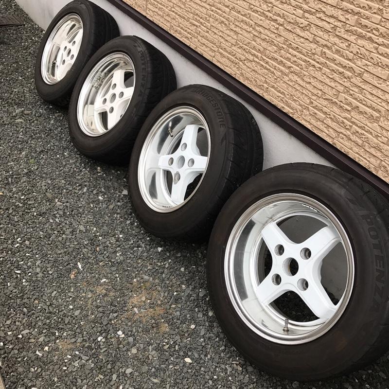 タイヤ交換(小細工しました)