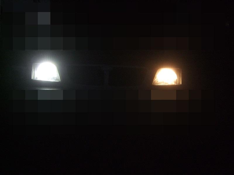 ハロゲンとLED比較<br /> <br /> もぅ古い車とは言わせないんだからね(夜間限定デスガw