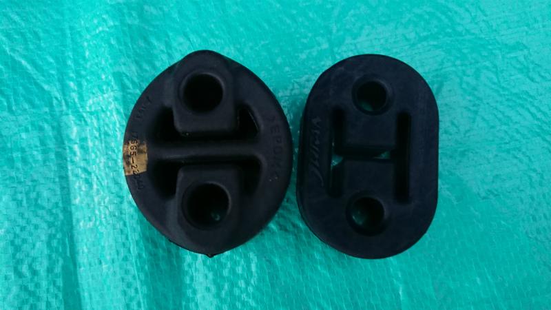 マフラーリング交換とマフラーカッターの位置調整
