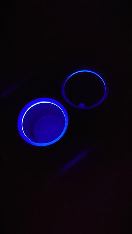 ドリンクホルダーLED照明交換