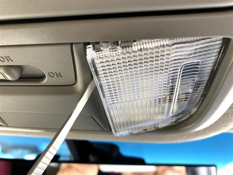 LEDマップランプ取り付け