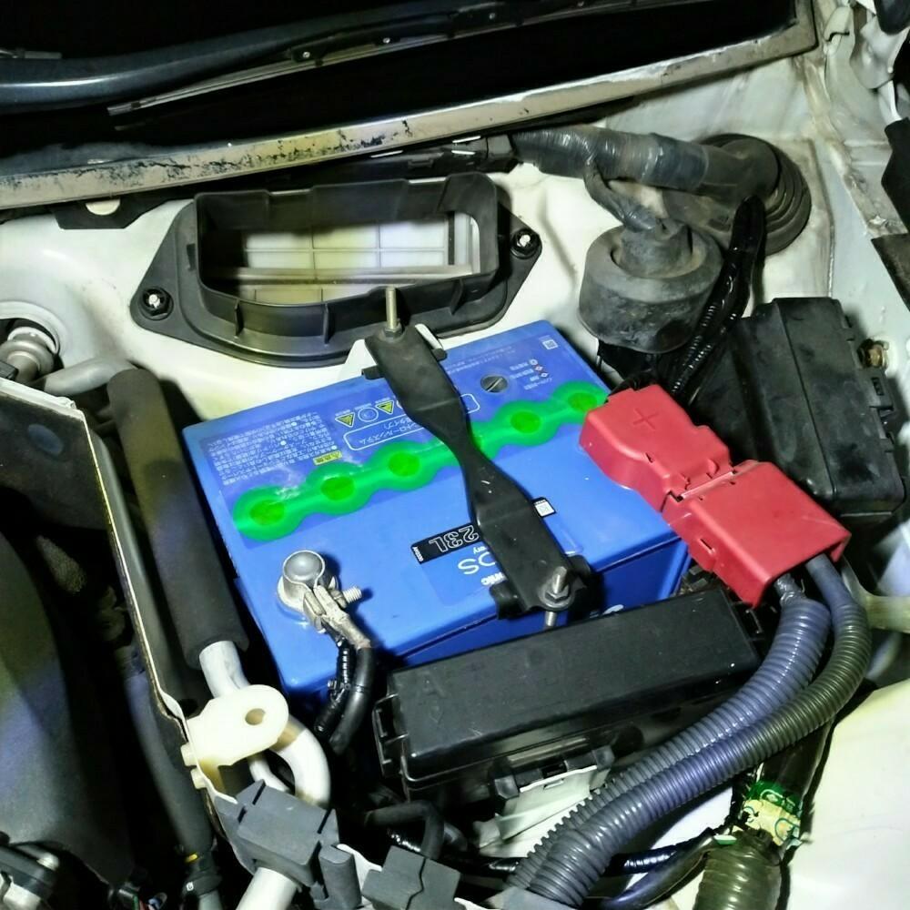 セルスターSB700ソーラーパネル充電器の取り付け