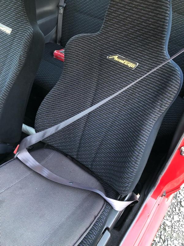 L502S シートベルト交換その2