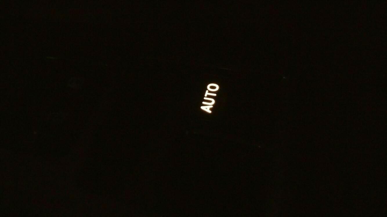 余り物LED使用 パワーウィンドウスイッチ 打ち換え