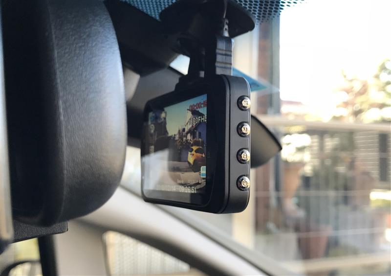 ドライブレコーダー 交換