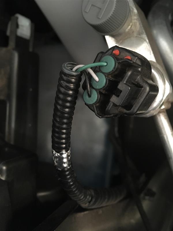 アルミテープ貼りエンジンルーム追加③