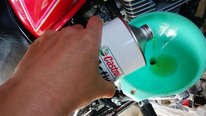 エンジンオイルとフィルターを交換しよう!