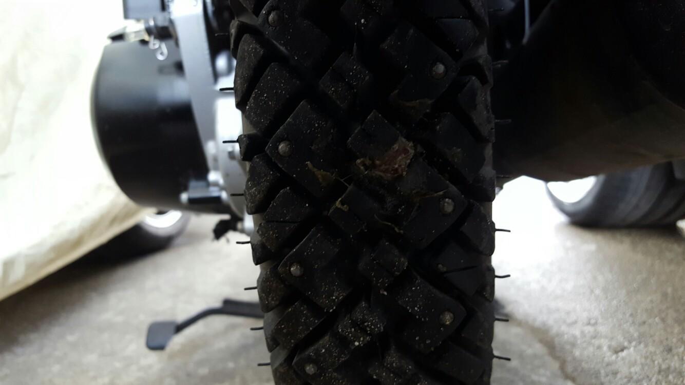 2018/02/18 スパイクタイヤパンク修理