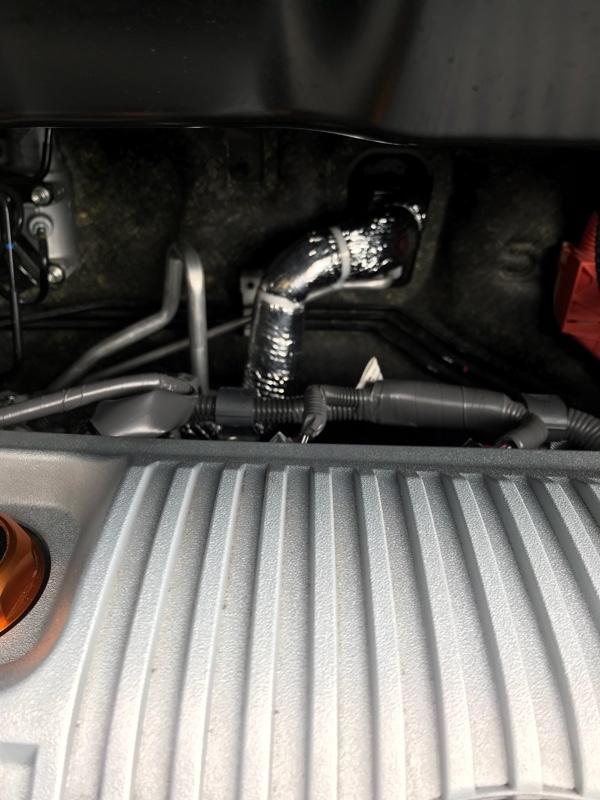 エアコン配管カバー取付