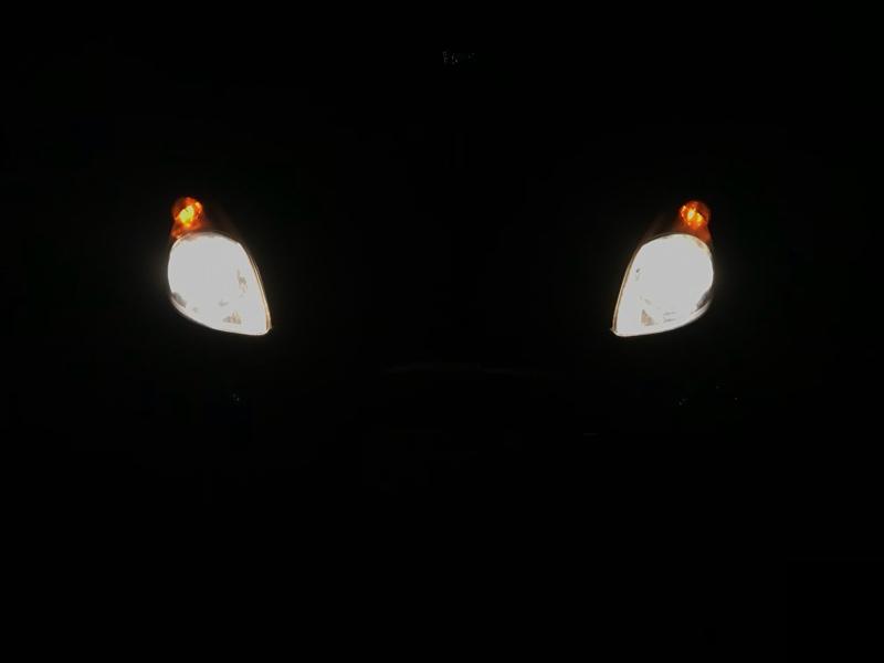ヘッドライトバルブ交換