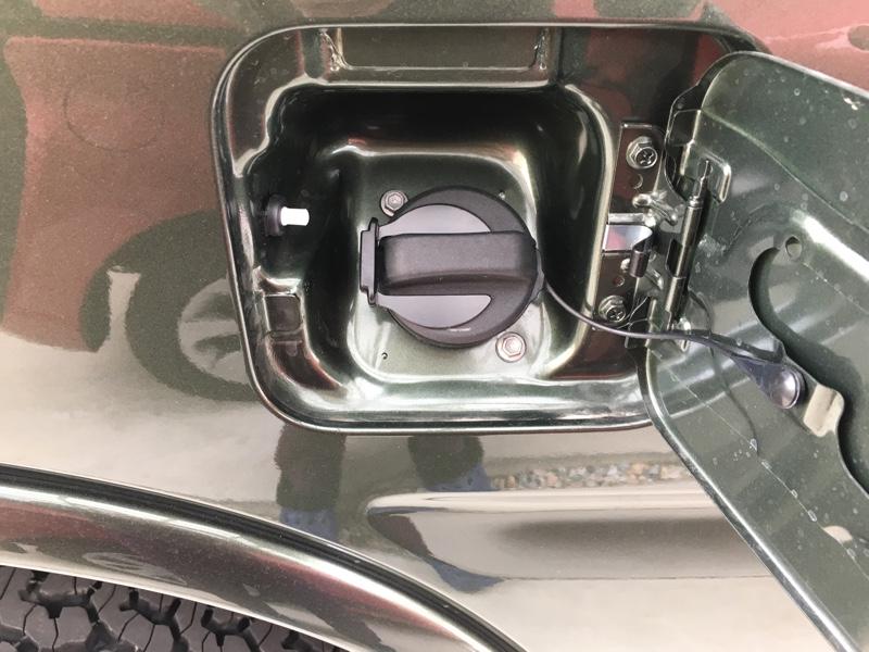 10型/給油キャップ固定、マグピッタン