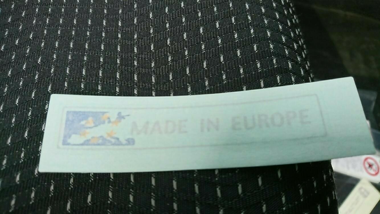 MADE IN EUROPEステッカー貼りました!