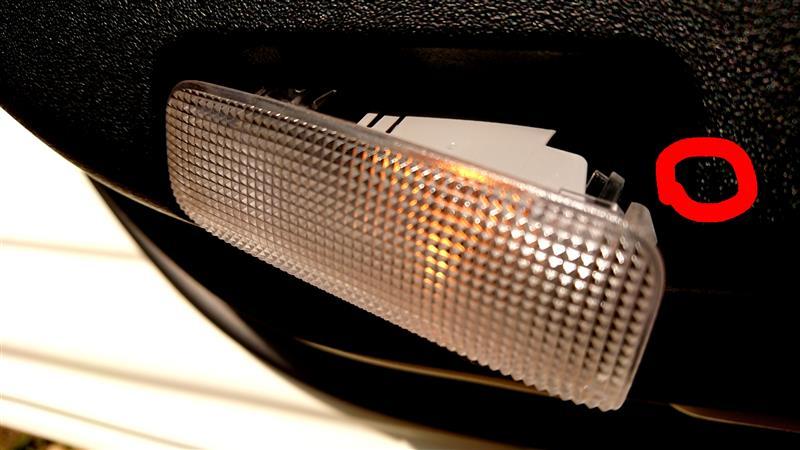 ドアカーテシランプ LED化