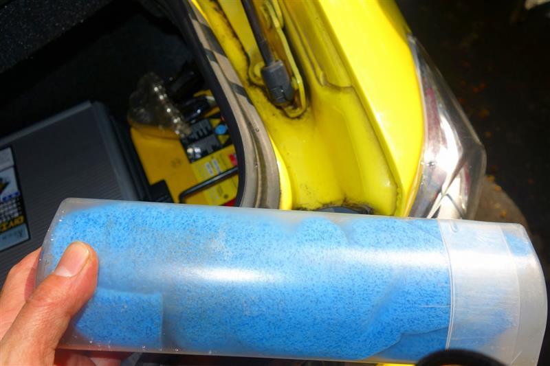 2月23日の雪で汚れたのでボディ補修前洗車➁