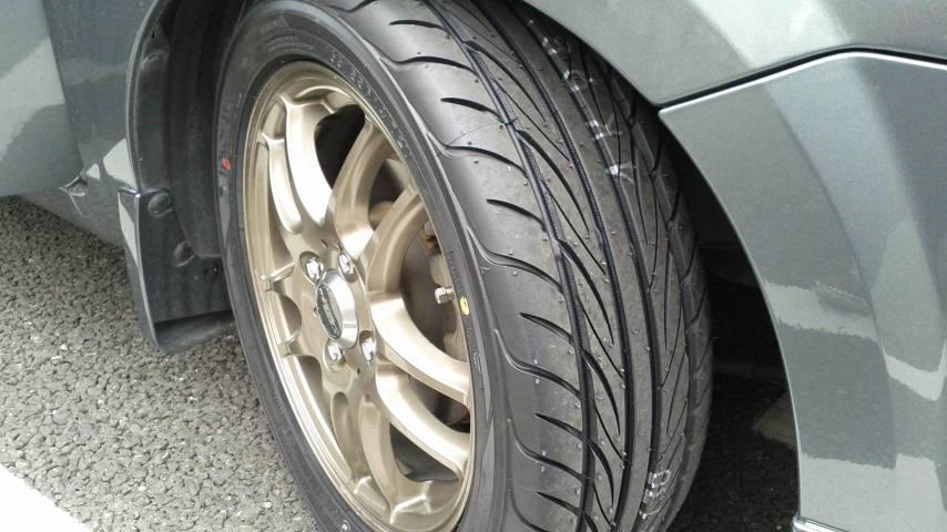 タイヤ交換 S-Drive