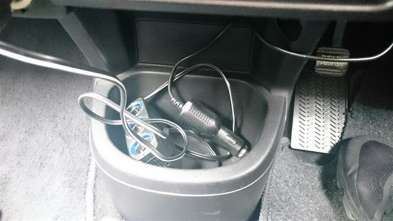ドライブレコーダー取り付け(簡単なので、一応記録用)