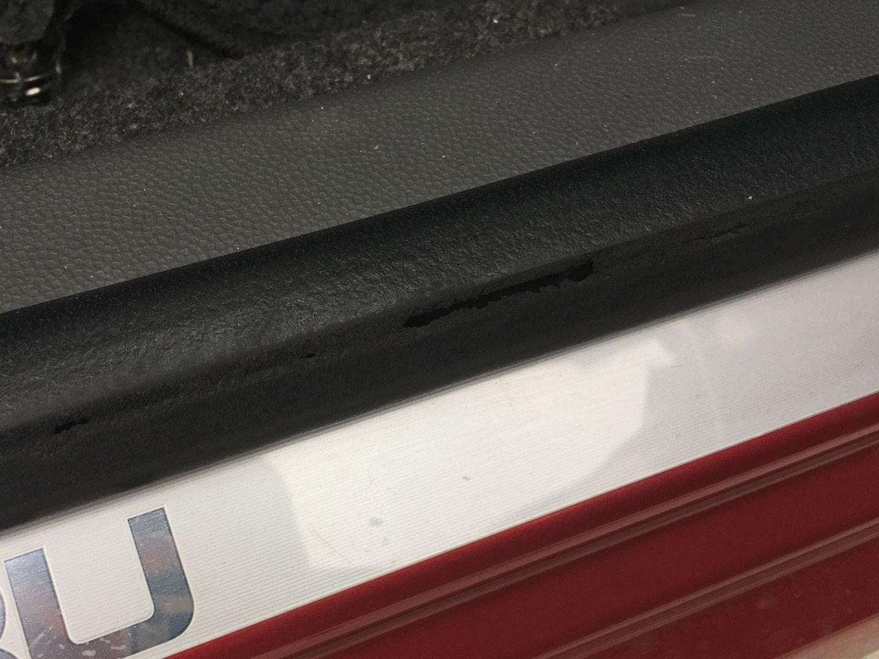 運転席ドア周りのパッキンとドアチェッカ交換