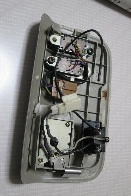 マップランプ:カーテシ連動化