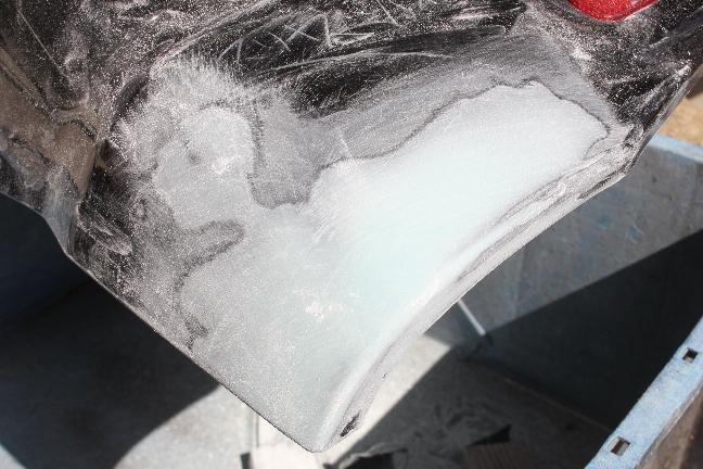 2018.03.06_交換用Rrバンパーのパテ盛り仕上げ
